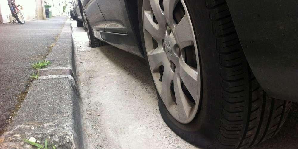 """La découverte de pneus crevés intentionnellement avait toujours lieu dans le même secteur à Pessac. ILLUSTRATION """"SUD OUEST"""""""